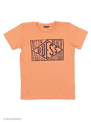 Футболка GUESS. Цвет: персиковый