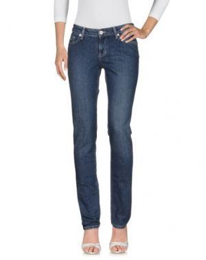 Джинсовые брюки UNGARO FEVER. Цвет: синий