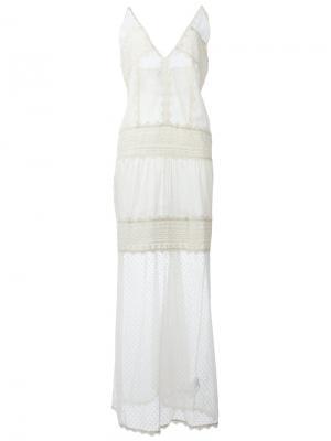 Длинное многослойное кружевное платье Just Cavalli. Цвет: белый