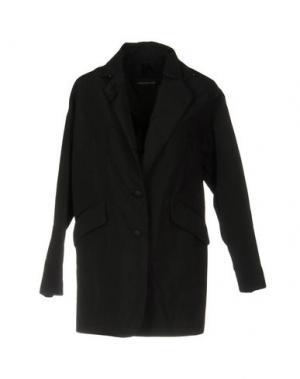Легкое пальто AQUARAMA. Цвет: черный