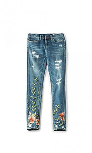 Узкие джинсы с вышивкой BLANKNYC. Цвет: none