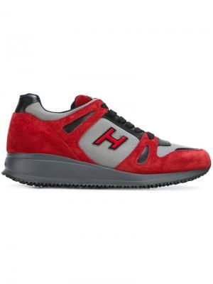 Кроссовки с панельным дизайном Hogan. Цвет: красный