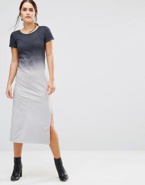 Uncivilised Платье-футболка макси с эффектом омбре Canyon. Цвет: серый