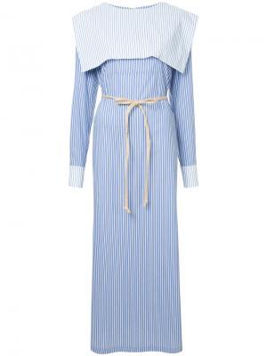 Полосатое удлиненное платье в стилистике моряка N Duo. Цвет: синий