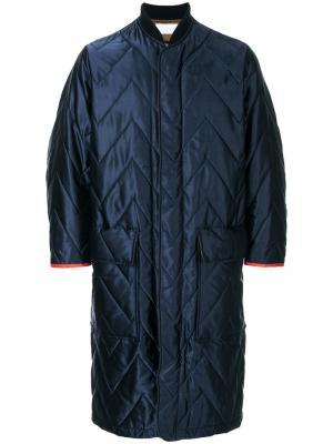 Длинное стеганое пальто Reality Studio. Цвет: синий