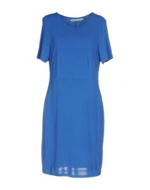 Короткое платье LA FEE MARABOUTEE. Цвет: синий