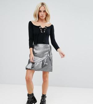 Glamorous Petite Мини-юбка из искусственной кожи с отделкой оборками. Цвет: серебряный