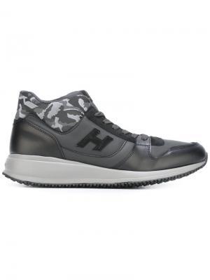 Кроссовки с камуфляжным принтом Hogan. Цвет: чёрный