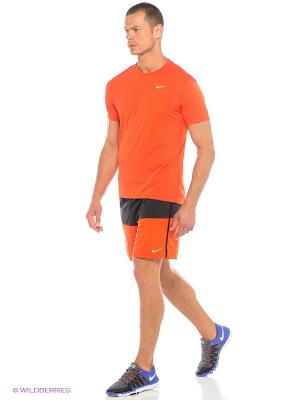 Шорты 7 DISTANCE SHORT (SP15) Nike. Цвет: рыжий