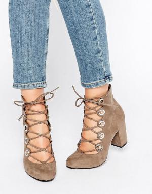 Office Туфли на каблуке с люверсами и шнуровкой Mission. Цвет: серый