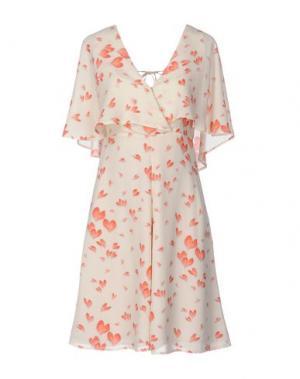 Короткое платье DENNY ROSE. Цвет: слоновая кость