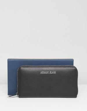 Armani Jeans Черный кожаный кошелек на молнии. Цвет: черный