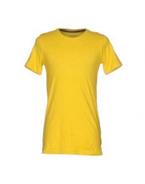 Футболка ANERKJENDT. Цвет: желтый