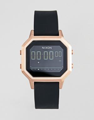 Nixon Электронные часы с черным силиконовым ремешком A1211 Siren. Цвет: черный