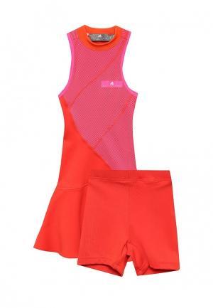 Платье adidas Performance. Цвет: красный