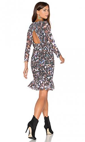 Жатое платье с оборкой на подоле Twelfth Street By Cynthia Vincent. Цвет: темно-зеленый