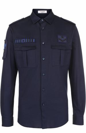 Хлопковая рубашка с накладными карманами и вышивкой Valentino. Цвет: темно-синий