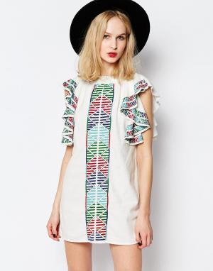 Piper Платье с вышивкой и оборками на рукавах Bogo. Цвет: белый