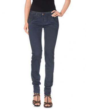 Джинсовые брюки E-GÓ. Цвет: грифельно-синий