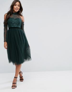ASOS Платье для выпускного миди с ленточным поясом, кружевным топом и юбкой. Цвет: зеленый