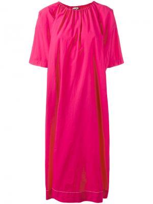 Платье шифт со сборками у горловины Hache. Цвет: розовый и фиолетовый