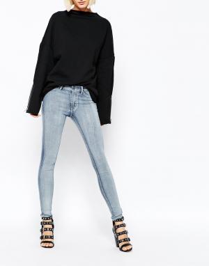 Cheap Monday Супероблегающие джинсы. Цвет: синий