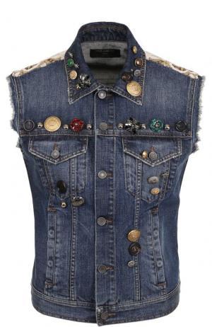 Джинсовый жилет с потертостями и декоративной отделкой Dolce & Gabbana. Цвет: голубой