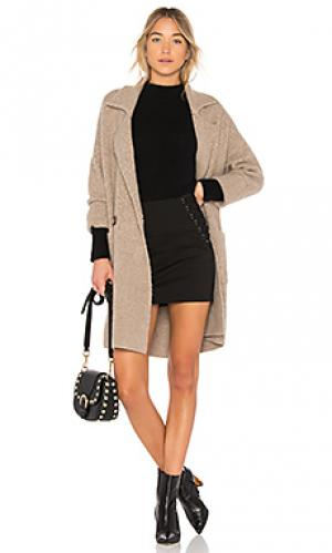 Пальто Michelle Mason. Цвет: коричневый