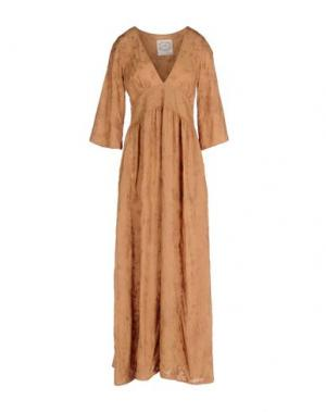 Длинное платье PINK MEMORIES. Цвет: верблюжий