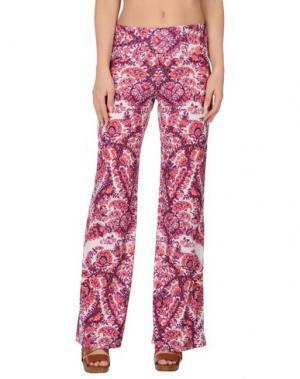 Пляжные брюки и шорты SOLOBLU. Цвет: фиолетовый