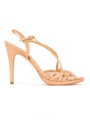 Leather sandals Serpui. Цвет: телесный