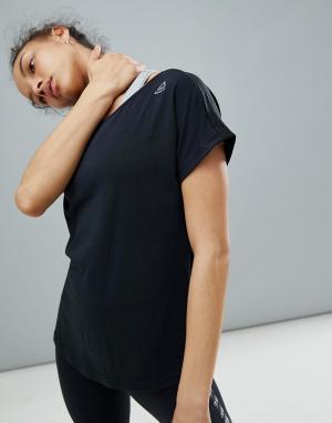 Reebok Черная спортивная футболка. Цвет: черный
