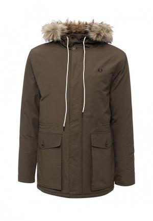 Куртка утепленная Fred Perry. Цвет: хаки
