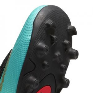 Футбольные бутсы для игры на разных покрытиях малышей/дошкольников  Jr. Mercurial Vapor XII Club CR7 MG Nike. Цвет: зеленый