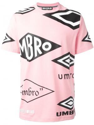 Футболка House of Holland x Umbro с принтом. Цвет: розовый и фиолетовый