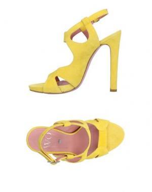 Сандалии WO MILANO. Цвет: желтый