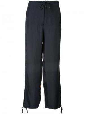 Спортивные брюки с вышитым тигром Maharishi. Цвет: синий