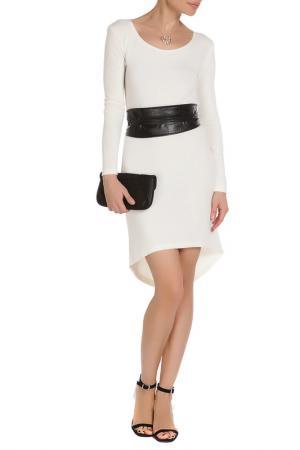 Платье с поясом Majaly. Цвет: молочный
