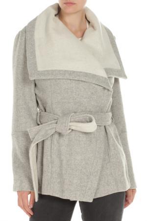 Пальто BCBG. Цвет: 196, light grey