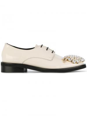 Embellished oxford shoes Coliac. Цвет: белый