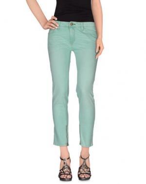 Джинсовые брюки SHINE. Цвет: светло-зеленый