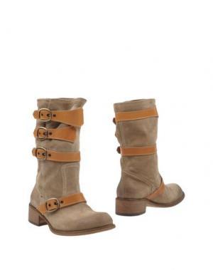 Полусапоги и высокие ботинки STRATEGIA. Цвет: хаки