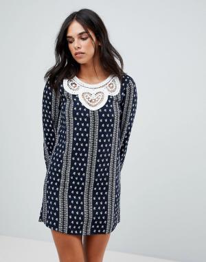 The English Factory Платье с длинными рукавами и ажурной вставкой. Цвет: темно-синий