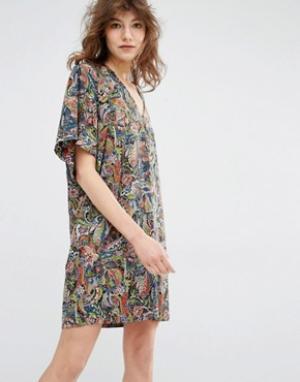 Essentiel Antwerp Платье мини с рукавами-кимоно Manganese. Цвет: мульти