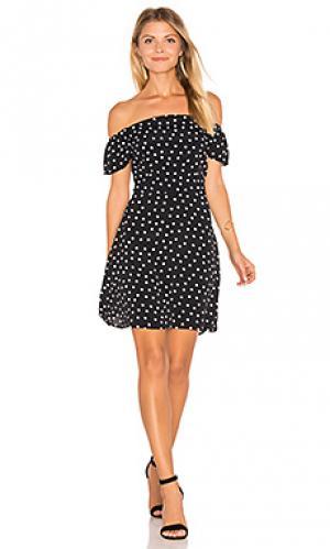 Платье в горошек Lisakai. Цвет: черный