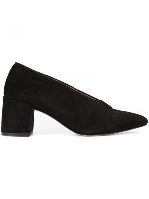 Туфли с миндалевидным носком Ganni. Цвет: чёрный