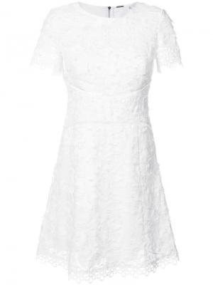 Короктое платье крючком Elie Tahari. Цвет: белый