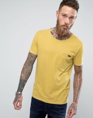 Nudie Jeans Футболка с карманом Co Ove. Цвет: желтый