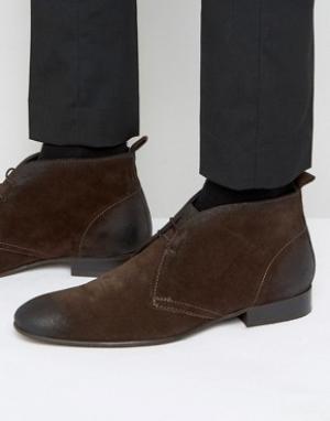 Base London Замшевые ботинки чукка Trader. Цвет: коричневый