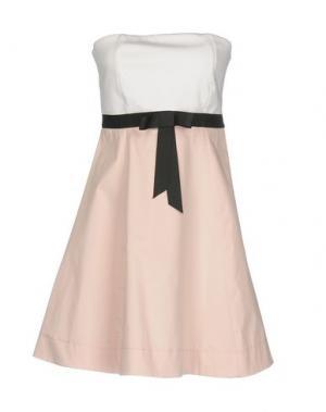 Короткое платье DIXIE. Цвет: белый